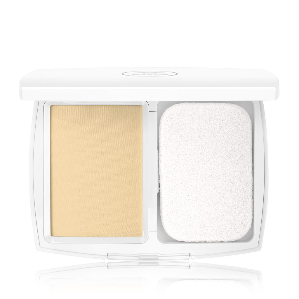 LE BLANC LIGHT MASTERING WHITENING COMPACT FOUNDATION SPF 25 / PA+++ B20 - BEIGE - TENDRE