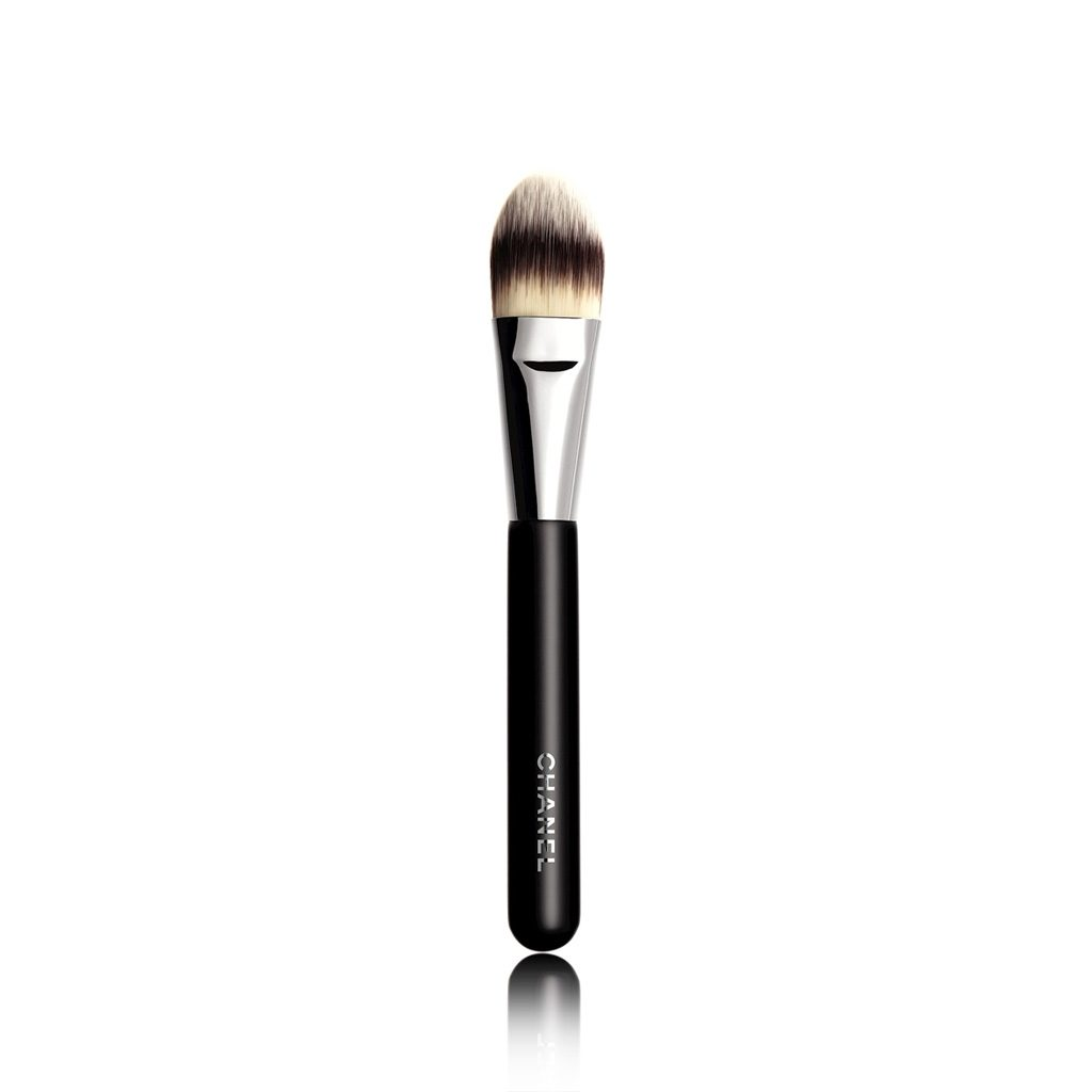 PINCEAU FOND DE TEINT N°6 FOUNDATION BRUSH 6 1PCE