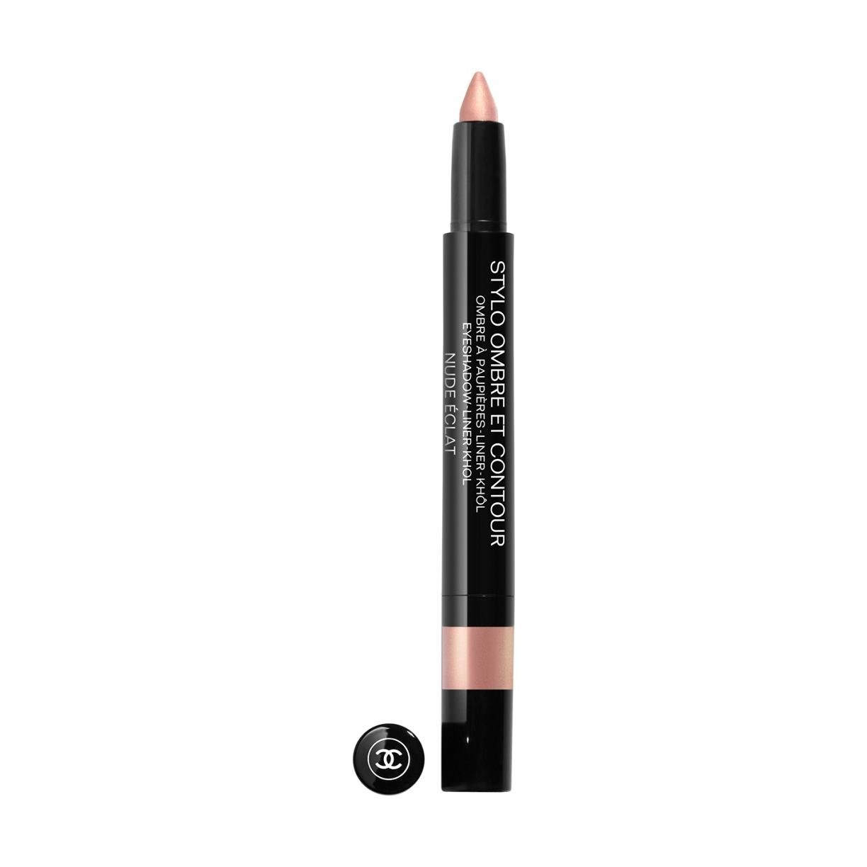 STYLO OMBRE ET CONTOUR WITH ITS MEDIUM-THICK TIP, STYLO OMBRE ET CONTOUR MAY BE USED AS A KOHL, LINER OR EYESHADOW. IN A FEW STROKES, THIS 3-IN-1 PEN ADORNS YOUR EYES ACCORDING TO YOUR WHIMS. 06 NUDE ÉCLAT 0.8G