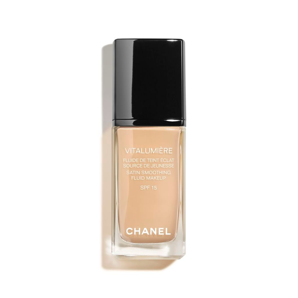 Vitalumiere Chanel collection pictures video