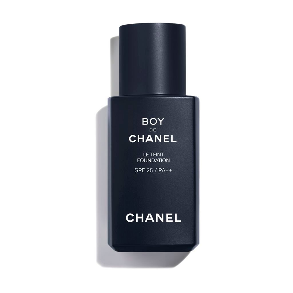 BOY DE CHANEL FOUNDATION SUBTLE AND LONGWEARING COMPLEXION ENHANCER N°30 - MEDIUM LIGHT
