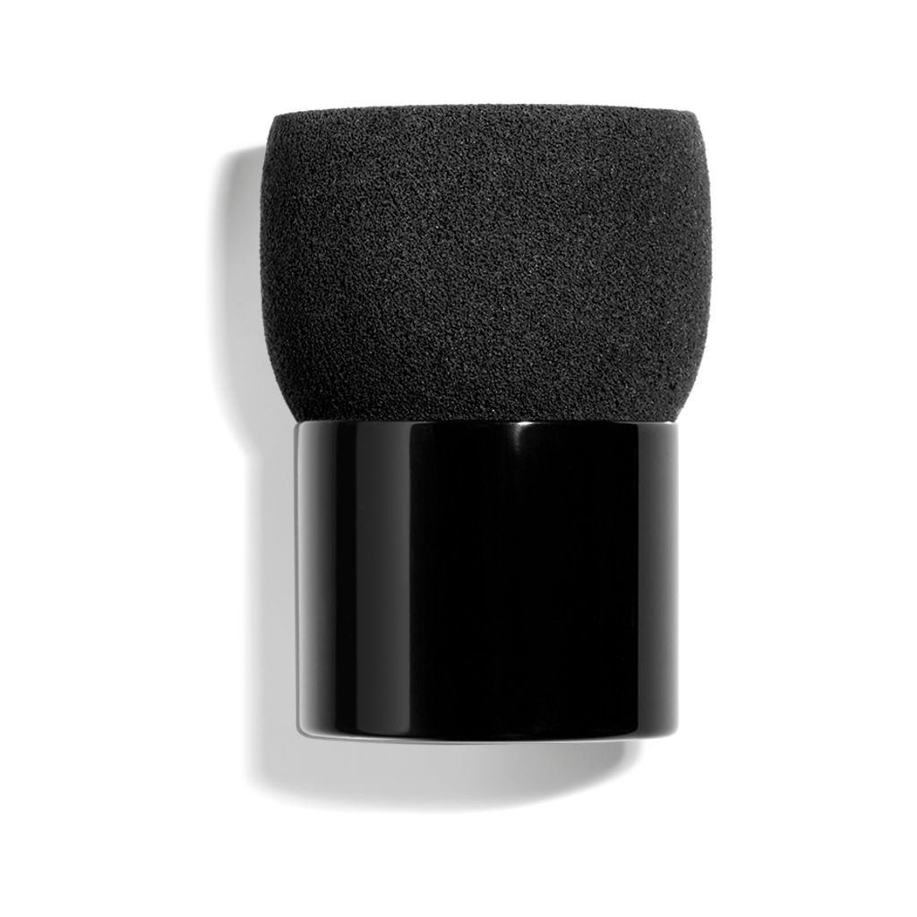 FOUNDATION SPONGE BRUSH 1pce
