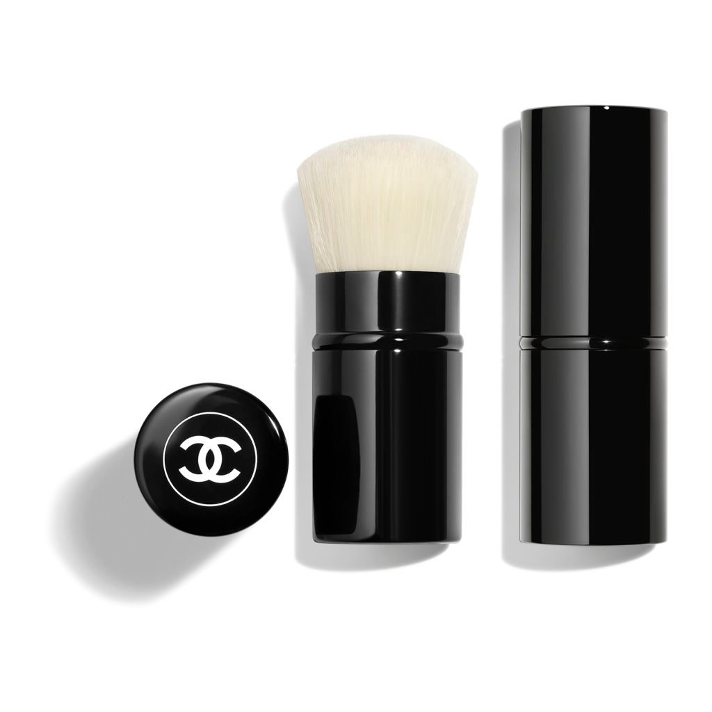 PINCEAU KABUKI RETRACTABLE N°108 RETRACTABLE KABUKI BRUSH 1pce