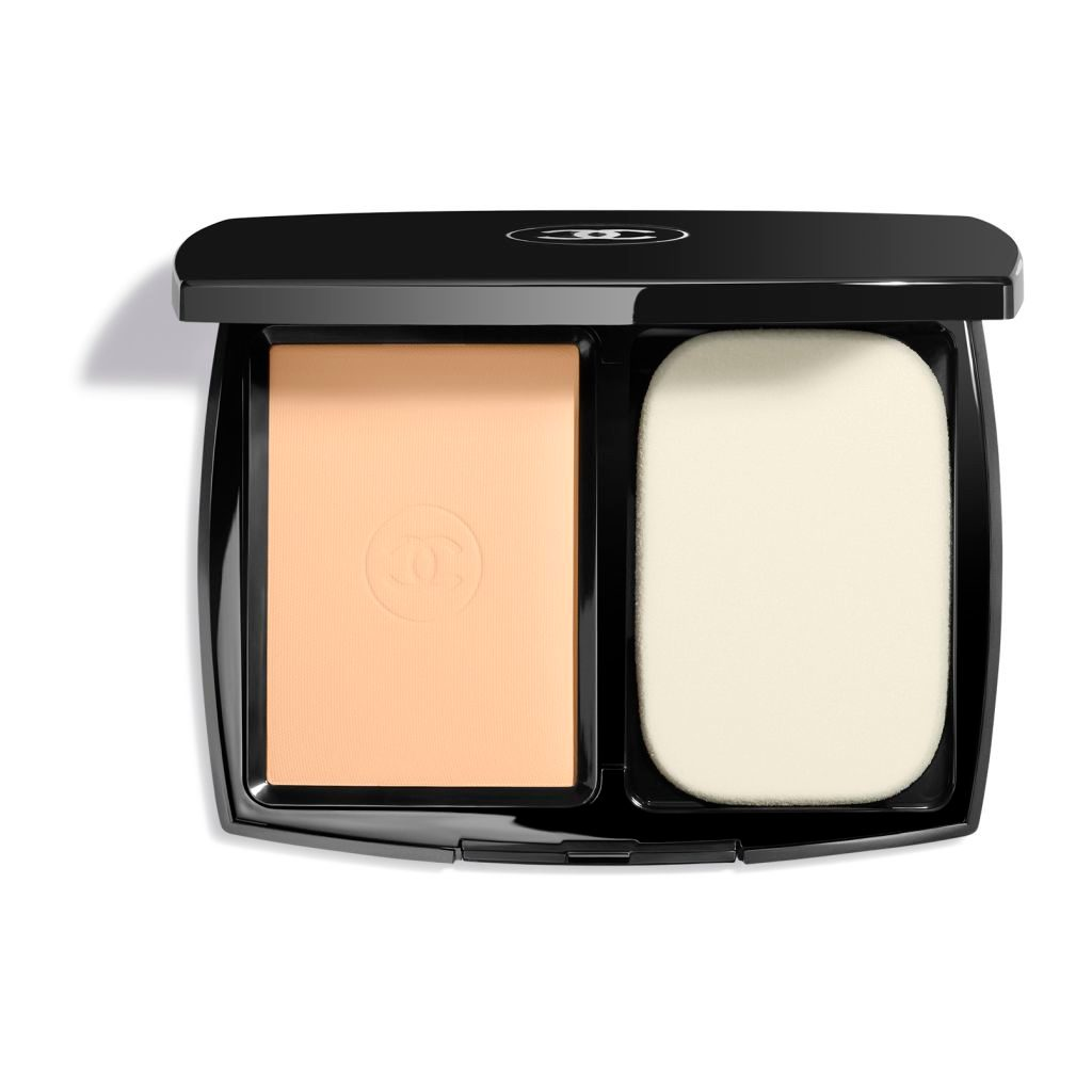 ULTRA LE TEINT ULTRAWEAR – ALL–DAY COMFORT FLAWLESS FINISH COMPACT FOUNDATION B30