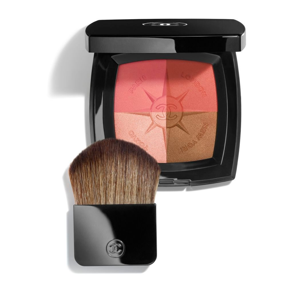 VOYAGE DE CHANEL TRAVEL FACE PALETTE BLUSH AND ILLUMINATING POWDERS. WITH BRUSH APPLICATOR. LIMITED EDITION. 11g